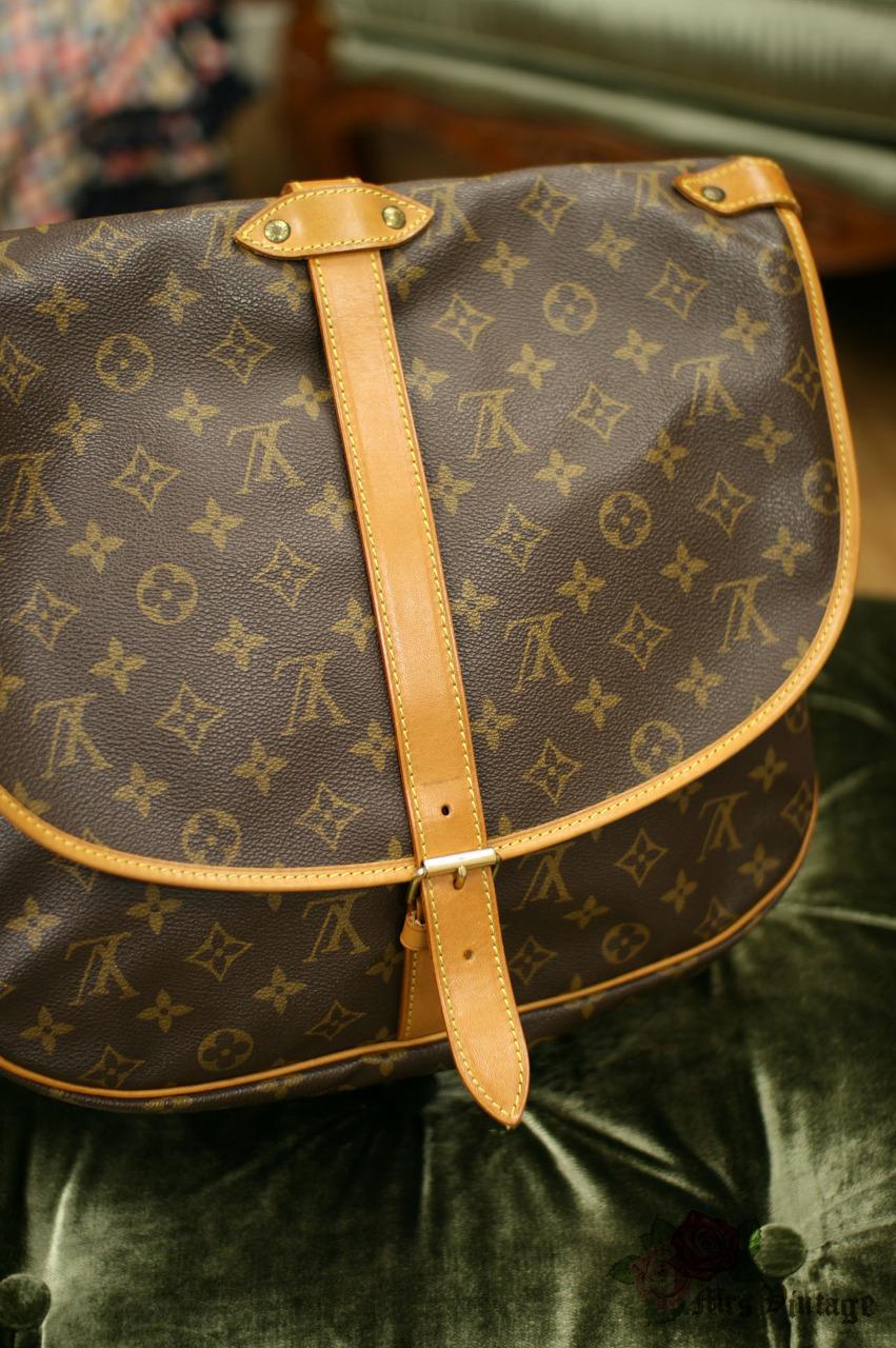 38e70322841f Vintage Louis Vuitton Saumur 35 Brown Monogram Large Canvas Shoulder ...