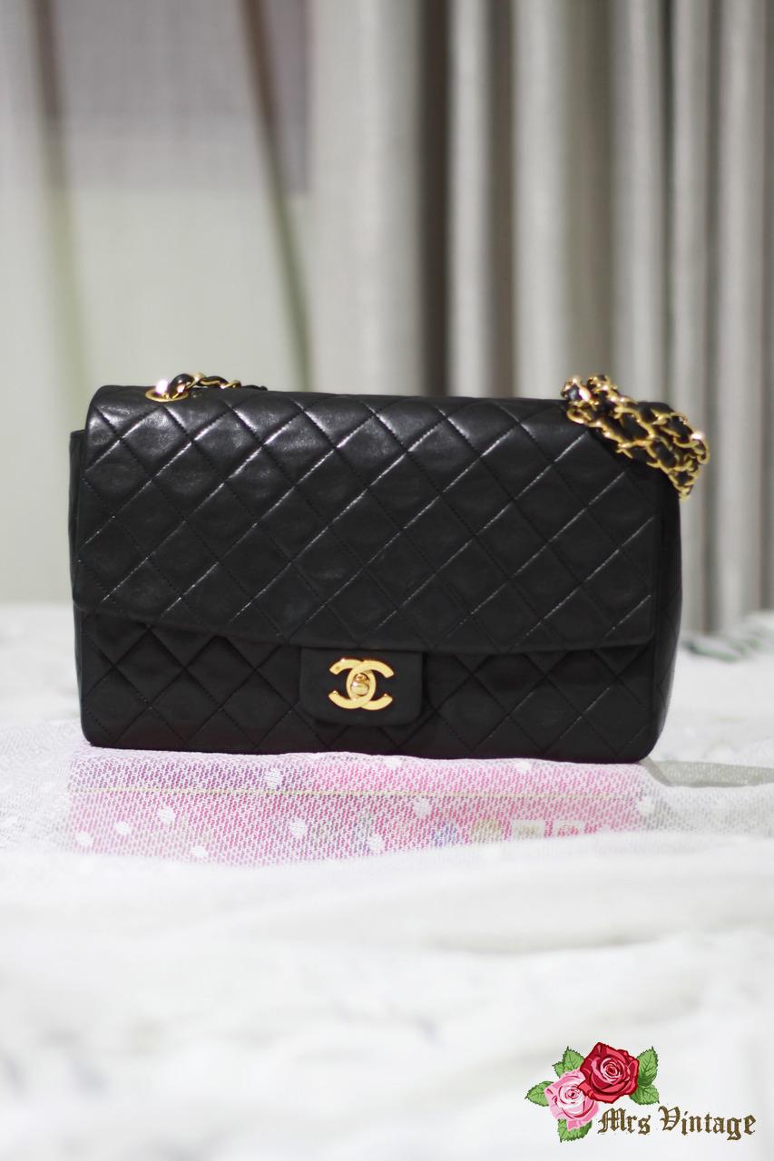 Vintage Chanel Black Quilted 2.55 Leather Flap Shoulder Bag Limited Edition  10