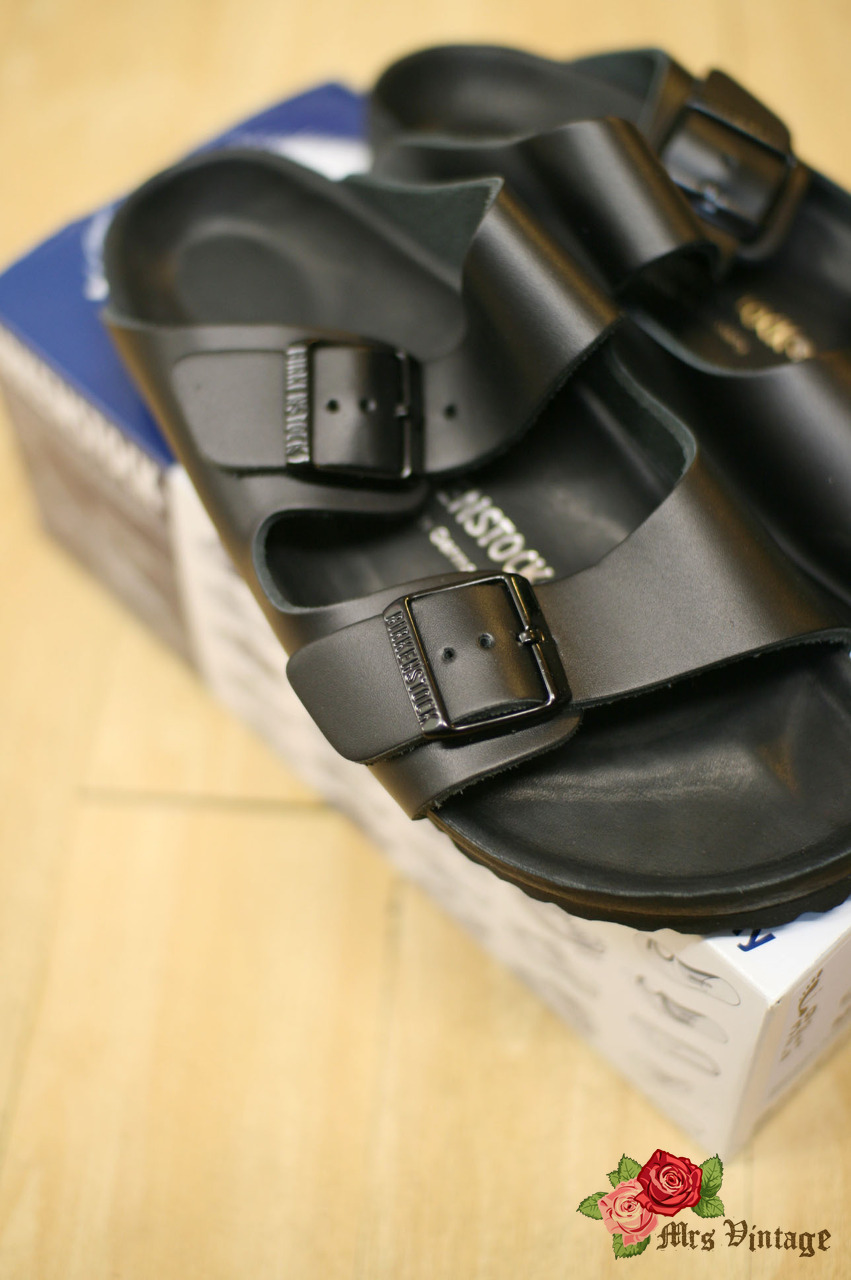 e5a8709365b Birkenstock Monterey Exquisite Black Size 39 NARROW NEW Arizona Sandals  Sold OUT