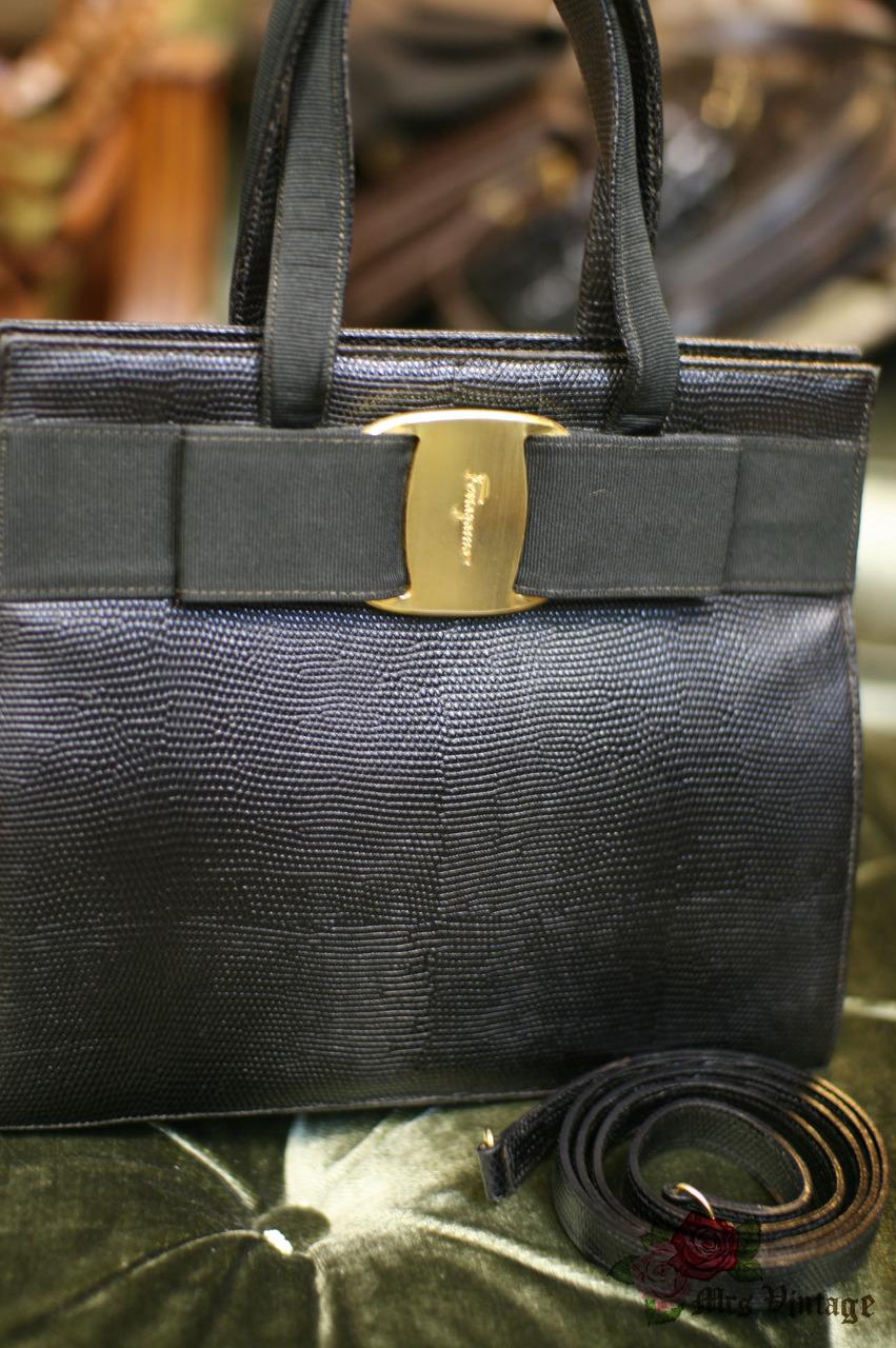 Vintage Salvatore Ferragamo Vara Ribbon Black Embrossed Crocodile Leather  Kelly Shoulder Bag with Strap 8022281fda882
