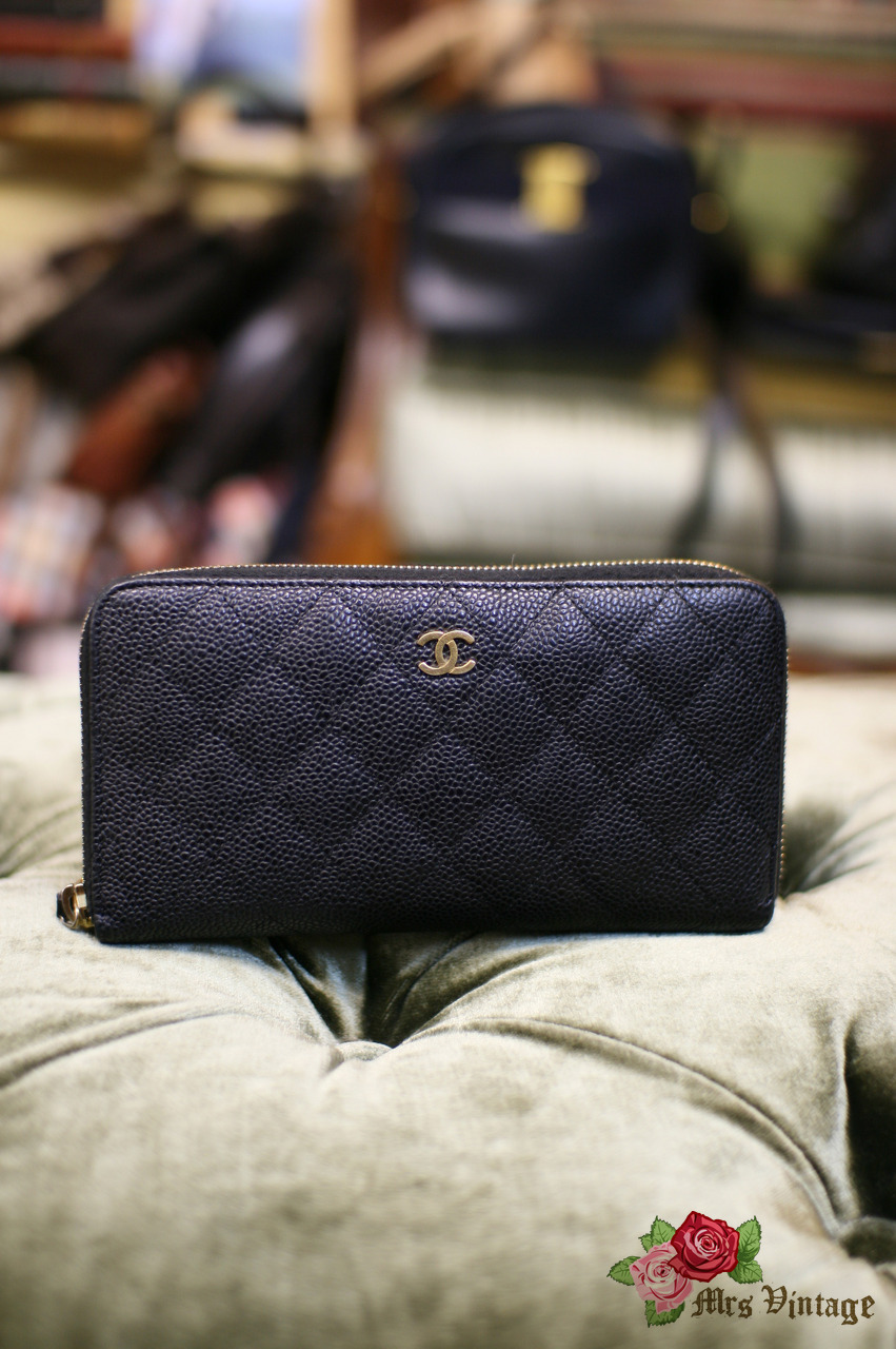 aafde5ce7442 Chanel Pre Owned Classic Black Caviar Quilted Leather Zip Around Wallet  Small Clutch
