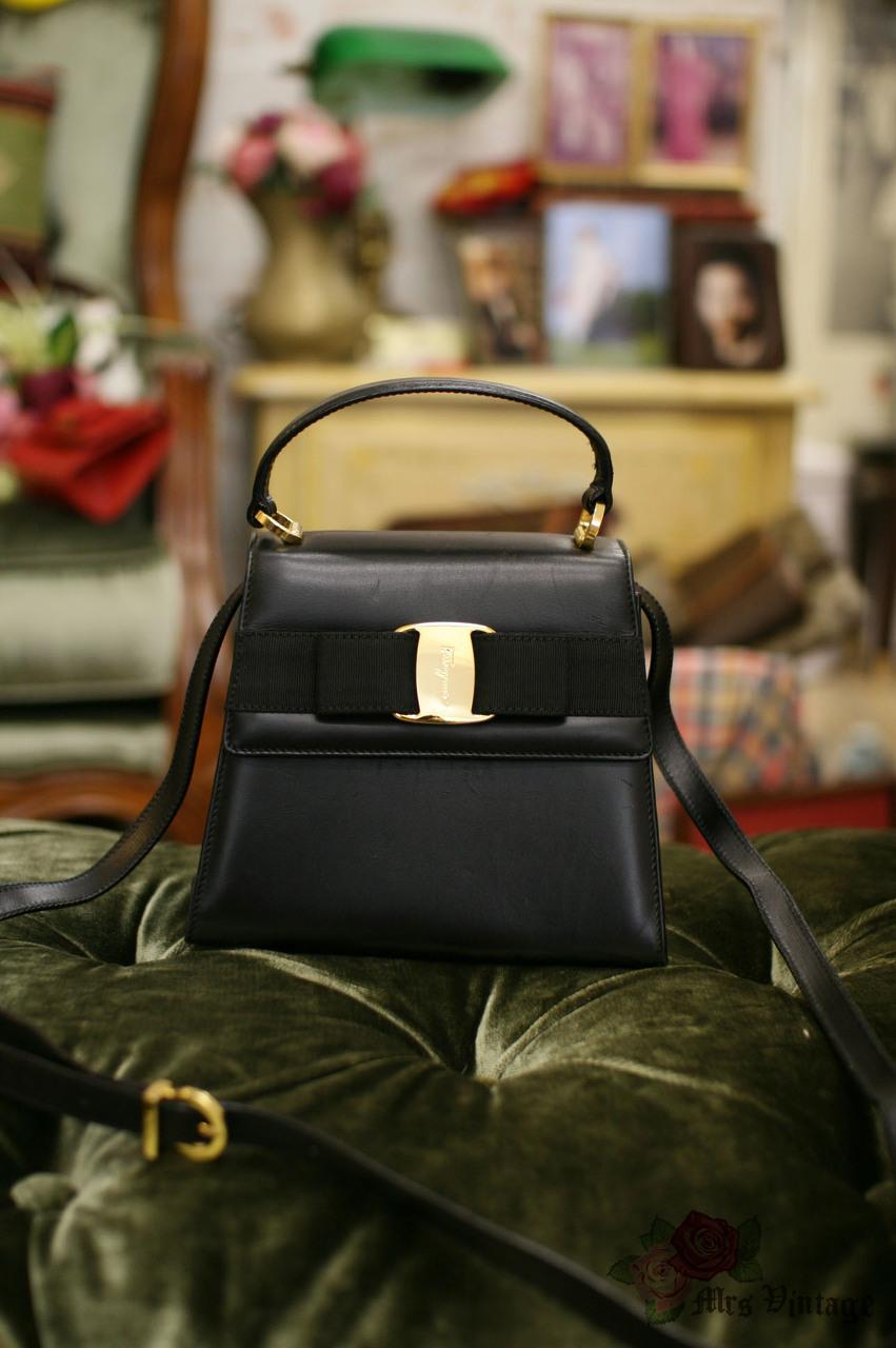 b3a775985d3e Vintage Salvatore Ferragamo Vara Ribbon Black Mini Kelly Purse With  Detachable Leather Strap
