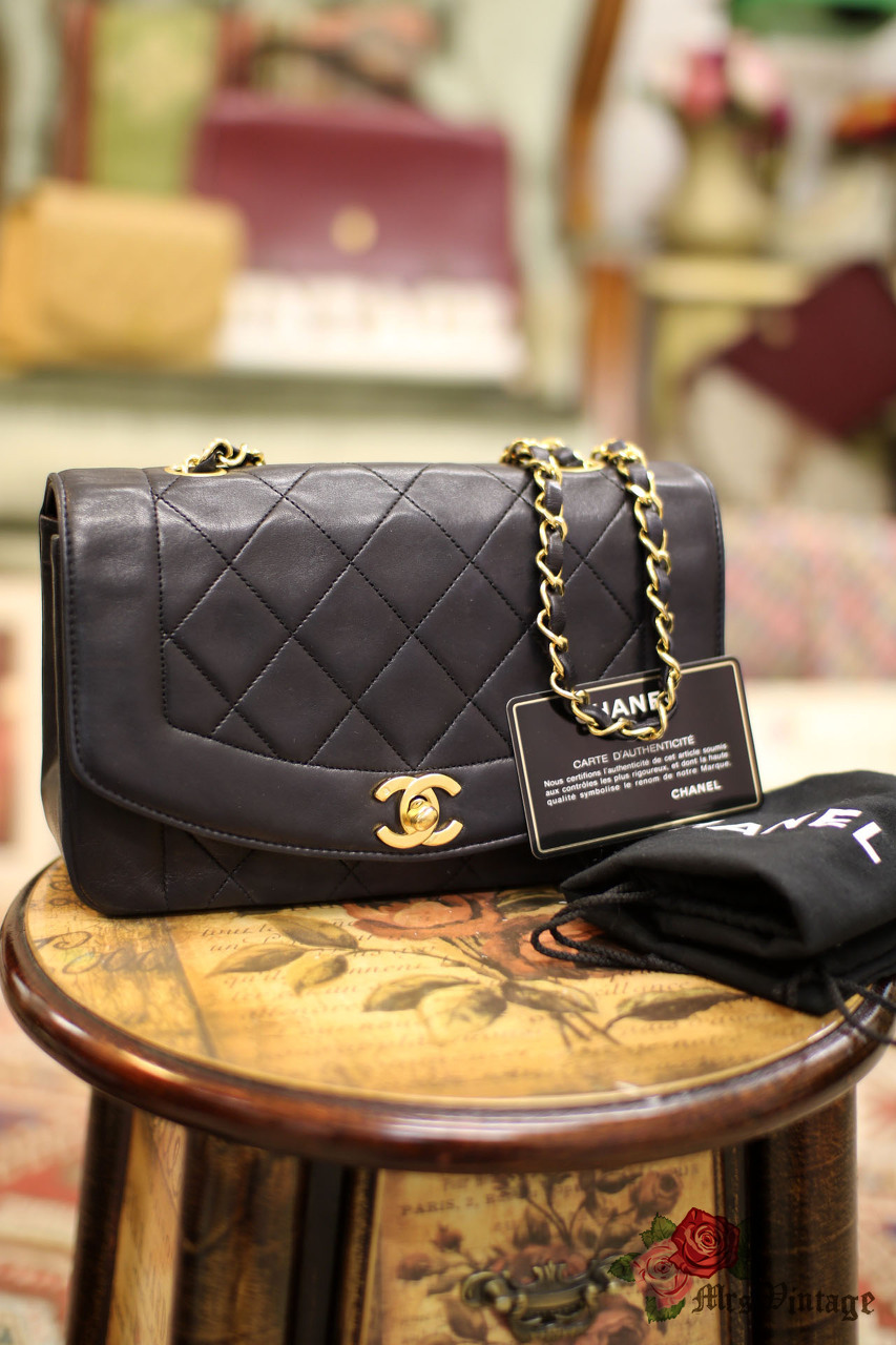 84329fba7f14 Vintage Chanel Black Lambskin Quilted Leather Diana Bag Gold Chain CC 23cm  Wide