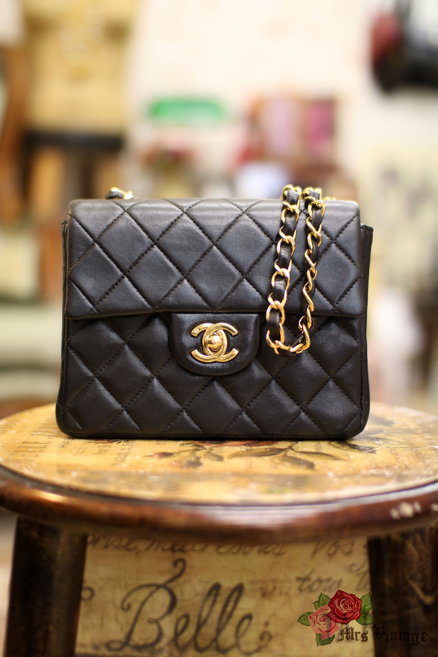 0cfc6ec6ed9b72 Pre Owned Chanel 7inch Mini Square Flap Black Quilted Lambskin Leather  Shoulder Bag
