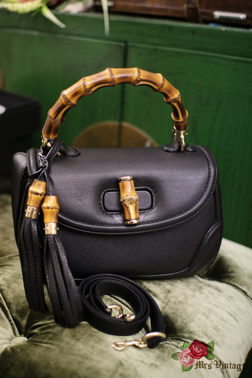 9d0545018ca44 Pre Owned Gucci Classic Bamboo Bag Handbag 2way Shoulder Bag Black Pebbled  Leather with Strap